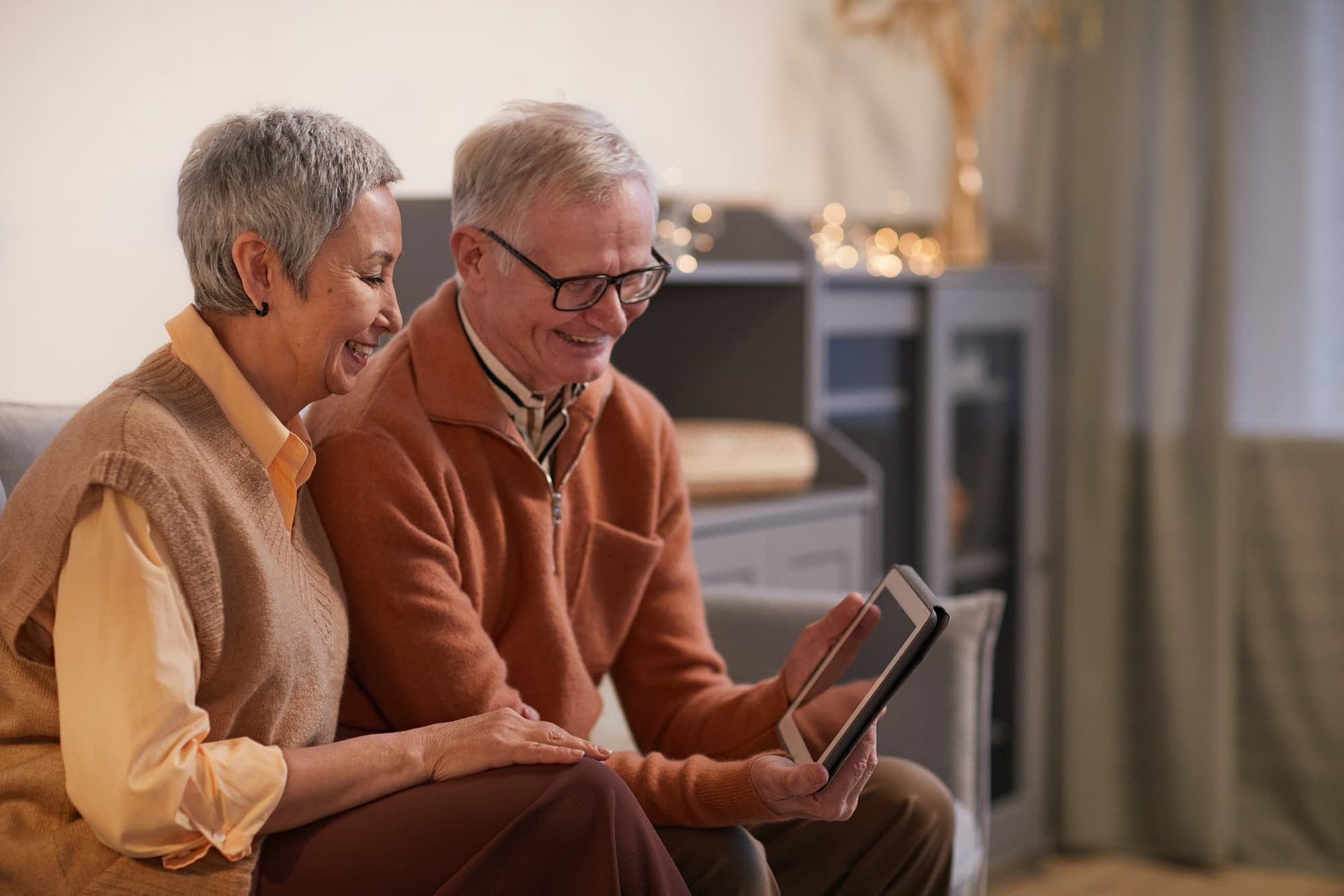 New Tech in Senior Homes: 4 Must-Have Smart Home Technologies